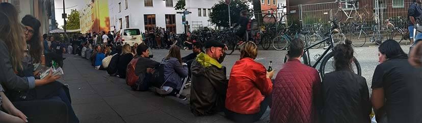Gesprächsrunden zum Cornern in Hamburg im Bezirksamt Altona und der Schanze