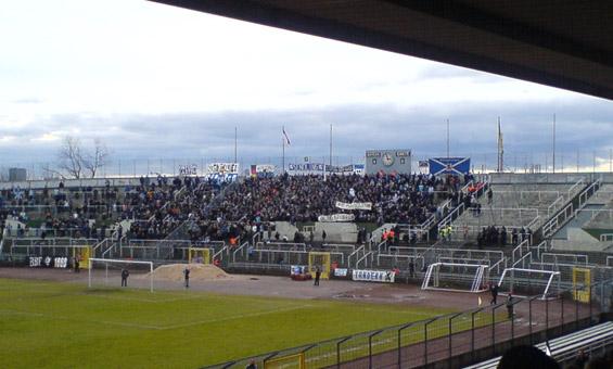 Die TSV 1860-Fans beim Münchner Amateurderby im Dezember 2007.<br />Bild: Marcus Hapke